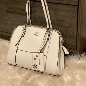 NEW GUESS handbag